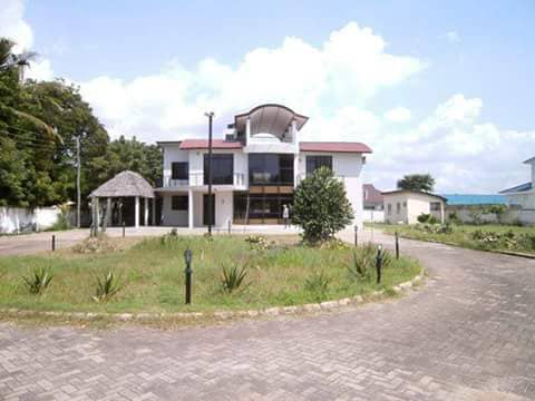 4 BEDROOM HOUSE FOR SALE AT MBEZI BEACH