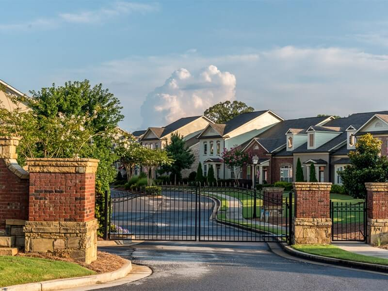 10 benefits of living in a gated community